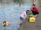 大埔这里有人野河游泳