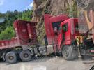 大埔两辆大货车发生碰撞