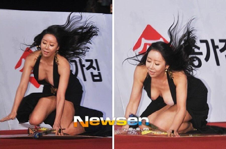 2012韩国电影高清奖:韩女星红毯摔倒[青龙大图]科幻电影坐第几排图片