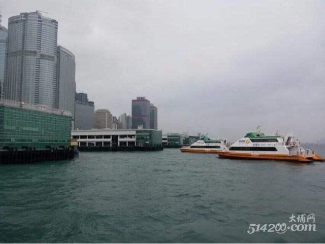 去香港玩了