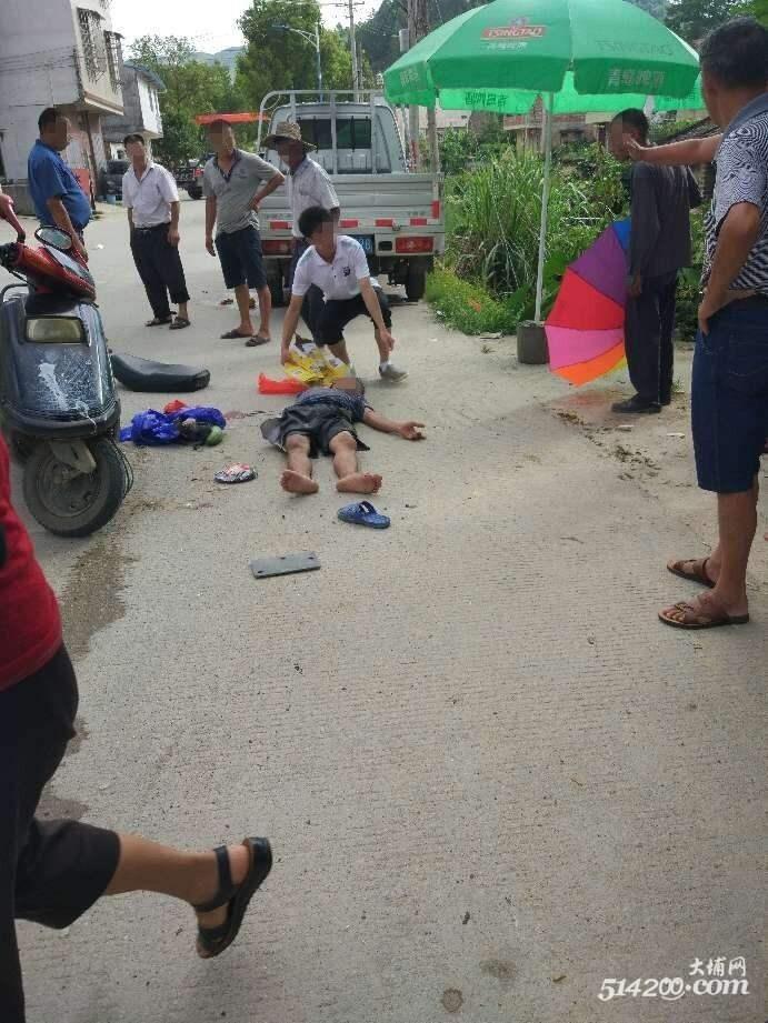 6月28日枫朗镇大埔角客运站附近发生一起交通事故,