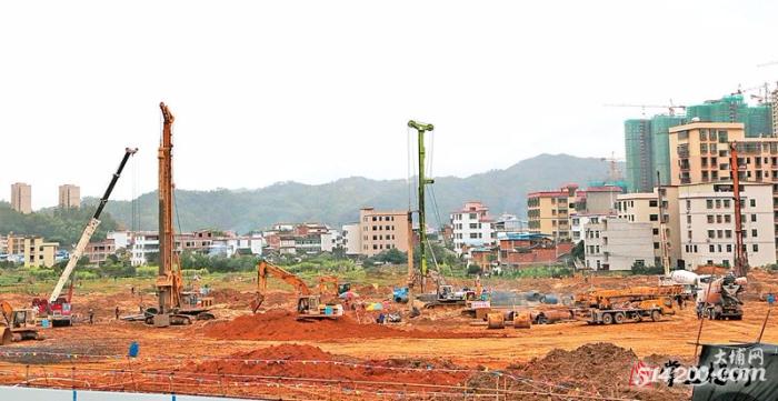 大埔县计划三年投入15多亿元抓医疗卫生基建项目